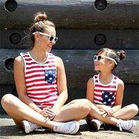 Summer sem mangas t-shirt camiseta Roupas de família Roupas de harmonização de roupas americanas bandeira listrada Mãe e filho Crianças Mamãe Mamãe Mamãe Meninas Criança Top Tee G63ey3z