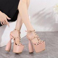 Sandals WHNB 2021 Style Fashion Women's Rivet Alien Sandles Women Platform Heels Thick High