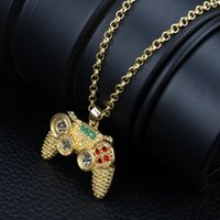 Pendant Necklaces Creative European Hip-hop Full Diamond Game Controller Necklace Web Celebrity Burst Money Decorated With Exquisite Gifts