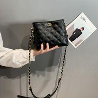 작은 가방 여자 패션 스타일 2021 유행 숙녀 원 - 어깨 메신저 체인 마름모 고 용량 CC 핸드백