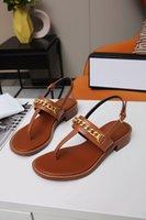 2021 الأجهزة سلسلة الديكور تصميم المرأة الصنادل الترفيه كليب الصنادل التسوق شاطئ نزهة صنادل رائعة أحذية منخفضة الكعب