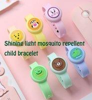 2021 Brinquedos Jogos Novidade Verão Desenhos Animados Crianças Mosquito Bebê Adulto Ao Ar Livre Bracelete Luz Por Atacado