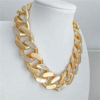 Choters Europeu e americano jóias por atacado simples Matte ouro mosaico de ouro incrustado shell colar