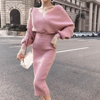 2021 Neue Merchall Sexy V-Ausschnitt gestrickt Zwei Teil Set Batwing Sleeve Pullover Tops Elegant Damen Bodycon Rock Anzug Frauen Kleidung Quxf