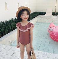 Yaz Çocuklar Falbala Tek Parça Mayolar Ins Kızlar Backless Siyam Yüzme Çocuk Spa Plaj Mayo ile Şapka A6135