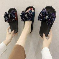 Тапочки Xpay 2021 Причинные Женские Летние Лук Блеск Блеск Блестящие Квартиры Женские Открытый Плоская Платформа Обувь для Дам
