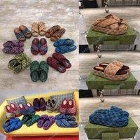 Sandalias planas de lujo diseño bordado negro grueso resuelto zapatillas en la playa ocio interior conjunto completo de accesorios 35-41shoe008 170444