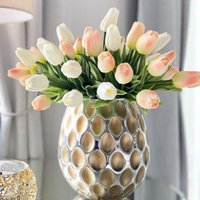 Decoratieve bloemen kransen 5 stks / bos tulp kunstmatige boeket real touch nep diy home decor accessoires bruiloft garen decoratie