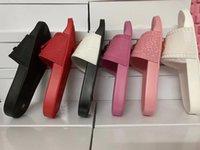 En Kaliteli Çivili Deri Terlik Kadın Erkek Sandalet Slaytlar Yaz Moda Kapalı Geniş Düz Flip Flop Slayt Slayt Gösterisi Kutusu Boyutu ile EUR35-45