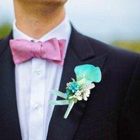 Dekorative Blumen Kränze Künstliche Blume Boutonniere Buttonhole Anzug Corsage Pin Party Calla Broschen Dekorationen für Brautjungfernbräutigam