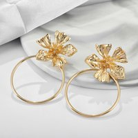 2021 New Women Gold Flower Earrings Alloy Long Circle Earrings Matching Clothes Lady Fashion Jewelry Gift