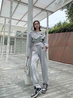 Женский спортивный набор двух частей брюки с капюшоном рубашка + логотип треугольник с длинным рукавом толстовки с высокой талией повседневные брюки