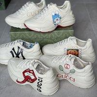 2021 Frauen Rhyton Sneaker Männer Designer Platform Schuhe Rot Grün Streifen Multicolor Sneakers Leder Runner Trainer Freizeitschuhe Top Qualität mit Box 319
