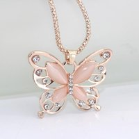 Pendant Necklaces Flawless Women Lady Necklace Choker Pendent Rose Gold Opal Butterfly Exquisite Sweater Chain 2021 Fashion