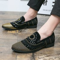 Luxury Designer Gold with Black Rhinestones Pointed Flats Oxford Shoes Men Casual Loafers Formal Dress Footwear Sapatos Tenis Masculino