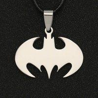 Batman Halskette Bruce Wayne Der dunkle Ritter Silber Farbe Anhänger Edelstahl DC Comics Justice League Schmuck Männer