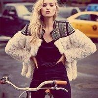 Teyynn Winter Warm Warm Women Faux Fur Coat Fatto a mano perline Rivetto Manica lunga Boho OverCoat Femminile Cappotto di pelliccia Giacca Capispalla 210222