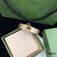 أعلى تصميم الأزياء إلكتروني سوار المرأة هدية الرجعية شخصية عالية الجودة 18 كيلو الذهب مطلي سوار مفتوحة مجوهرات العرض