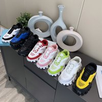 Herren Frau Cloudbust Thunder Sneakers Platform Casual Schuhe Kapsel Serie 3D Runner Trainer Lace Up Strickgewebe Niedrig Oberteil Hellgummi Außenschuh