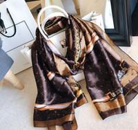 جودة لطيفة كلاسيكية ماركة 100٪ الحرير وشاح للنساء جديد الربيع تصميم سلسلة نمط الطويلة الأوشحة وشاحات التفاف مع علامة 180x90 سنتيمتر شالات
