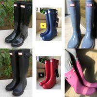 Uvrcos h t المطاط روبوا بريطانيا الكلاسيكية عالية أنبوب أحذية للماء ل Womentall المطر الأحذية الإناث الركبة عالية النساء الأحذية L0310