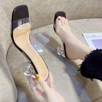Тапочки Xpay Летние Прозрачные Высокие каблуки Сандалии Женщины Сексуальные скольжения Назаконенные насосы насосы для моды Комфорт Party 2021