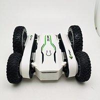 Ny stuntbil 360 Rotary Blooming Car Fjärrkontroll Toy rullande dubbelsidiga bälte lampor