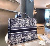2021 лучшая сумка для покупок сумка женщины роскоши дизайнеры мода вышивка сумки сумки дизайнер должны быть высококачественная муфта с шелковым шарфом