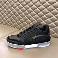 New Designer Men Trainer Sneaker Low Top Top Suede Calfskin Cuero Corredor Transportunadores Impresión Impresión en relieve Plataforma de goma con grano Zapatos de encaje