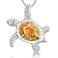 Collier de pendentif de tortue opale bleu à branchée