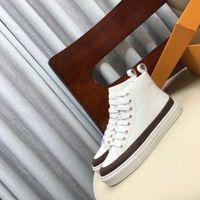 Stellar Sneaker Stivali da donna Designer Designer da donna Lacci Up Zipper Appartamenti Sneakers in pelle alta Top Sneakers Casual Scarpe casual con scatola1