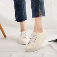 Zapatos de lluvia para mujer zapatillas de deporte planas a prueba de agua 2019 zapatillas de deporte negro / blanco