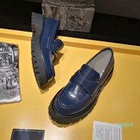 Designerskor Heels Chaussures Mens Kvinnor Sandal Martin Platform Sko Kattunge Heel Läder Spring Fall Chirstmas Bröllopsklänning 6266
