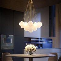 Lâmpadas Pingente Nordic Ball Baller Designer Creative Personalidade Quarto sala de jantar Modelo El Gold / Black Glass Landelier