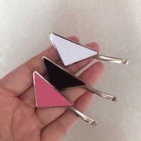 Quente metal triângulo clipe com selo mulheres menina triângulo letra barrettes moda acessórios de cabelo de alta qualidade