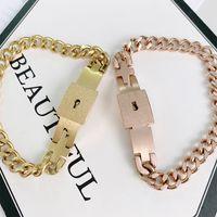 Titanium Steel Interlocking Chain Glossy Bracelet Fashion Couple Jewelrys Gift Wild Four Color Cuban Bracelets Hip Hop Jewelry