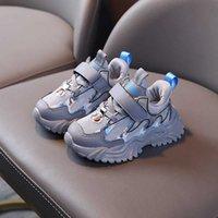 كابسيلا الاطفال أحذية رياضية 1-6 سنوات طفل الفتيان الفتيات الأزياء تنفس أحذية رياضية الأطفال لينة أسفل الاحذية 21-30 Q0729