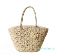 Wholesale 2018 new European and American style one-shoulder woven bag Fashion gold line exquisite shell crocheted flower package Beach bag