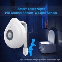 LED Tuvalet Işık PIR Hareket Sensörü Gece Lambası 8 Renkler Arka Işık WC Kase Koltuk Banyo Işıkları Çocuk