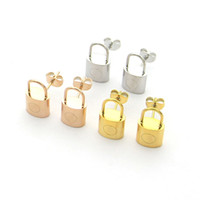 تصميم كلاسيكي الذهب الأسود روز الأذن ترصيع الفولاذ المقاوم للصدأ أحرف الفاخرة أقراط للنساء العصرية هوب الأزياء والمجوهرات بالجملة