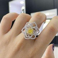 HBP Fashion Fashion Luxury New 925 Pure Silver Anello Diamante ad alta carbonio da donna * 5 Personalizzato Separazione semplice Separazione di colore Electroplating Flower Bianco