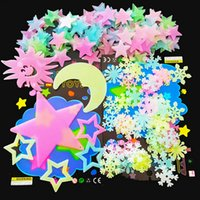3D Stars Glow in the Dark Luminous on Wall Stickers for Kids Room Living Room Wall Decal Home Decoration Poster Stars and Moon