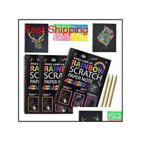Sihirli Çizik Sanat Kitabı Gökkuşağı Kazı Kazan Kağıt Defter ile Ahşap Stylus Çocuk Notları Kurulları Noel Partisi Doğum Günü Oyunu Hediye 10.3x7.5 Nxdyn