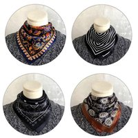 Scarves Men's Real Silk Small Square Scarf Print Business Professional Vintage Four Seasons Fashion Luxury High Quality Headscarf