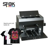 آلة طباعة تي شيرت بلاك تي شيرت باستخدام طابعة CMYKWW المنسوجات A3 DTG UV مناسبة للأكمام قصيرة الأكمام بلا أكمام