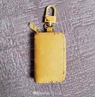 2021 Luxurys Designers Carteira Carteira Keyring Keyring Moda Moda Pingente Corrente de Carro Charme Flor Brown Mini Bag Presentes Acessórios 01
