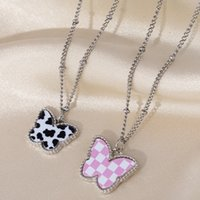 Fashion Black White Plaid Butterfly Pendant Necklace for Women Beads Thin Chain Simulation Wing Chokers Necklaces Gift