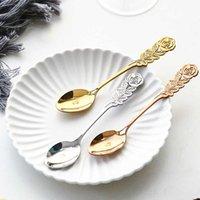 カラフルな繊細なバラのスープスプーンステンレス鋼の金メッキコーヒー茶デザートスプーンフルーツ攪拌スプーンキッチンカトラリー実用的