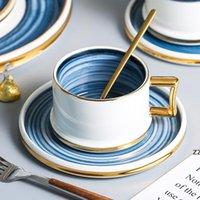 Северный стиль кофе кружка набор керамической чашки чашки чашки с крышкой и ложкой творческий дом кухонные аксессуары для питья HWB7520