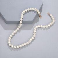 Chokers Elegancka Biała Imitacja Pearl Naszyjnik Długi Okrągły Ślubny Choker Dla Kobiet Charm Moda Biżuteria